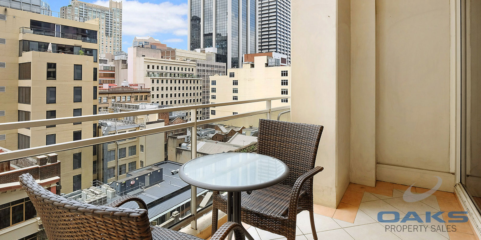 One of the Best – 2-Bedroom 2 Parking – Excellent CBD location