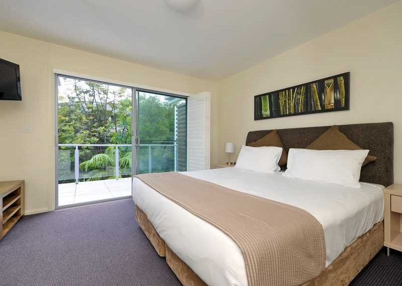 517_bedroom2