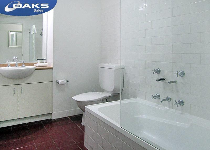 932g_bathroom