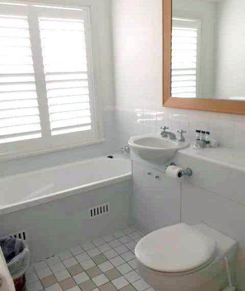 673_bathroom